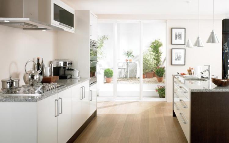 Gloss Kitchen Range  Haddington Cream